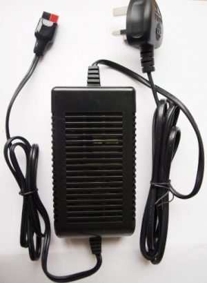 12v 4amp Automatic Golf Battery Charger with Torberry Connection-0